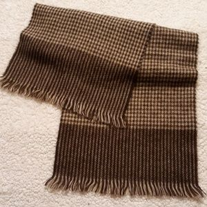 Other - Hound tooth scarf
